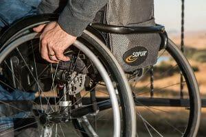 Auslili per disabili sedie a rotelle